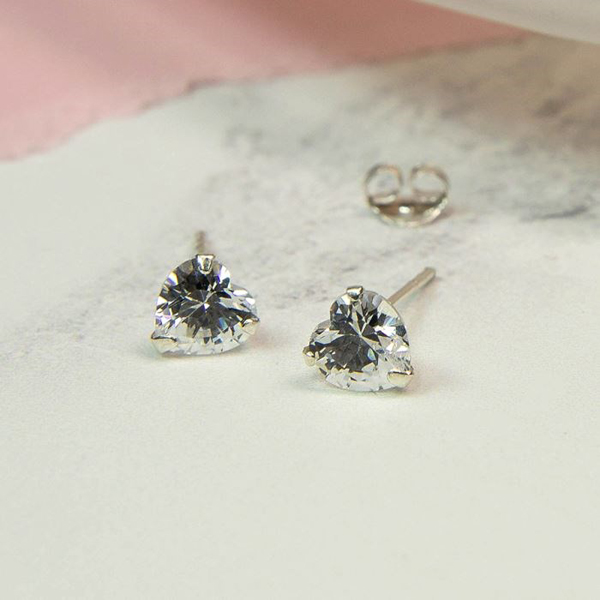 Faceted clear crystal heart shape stud earrings | Image 1
