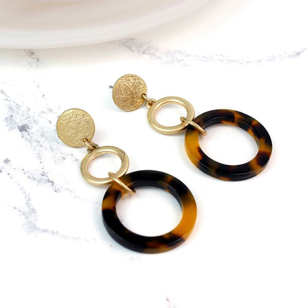 Gold plated earrings with large tortoise shell hoops | Image 1