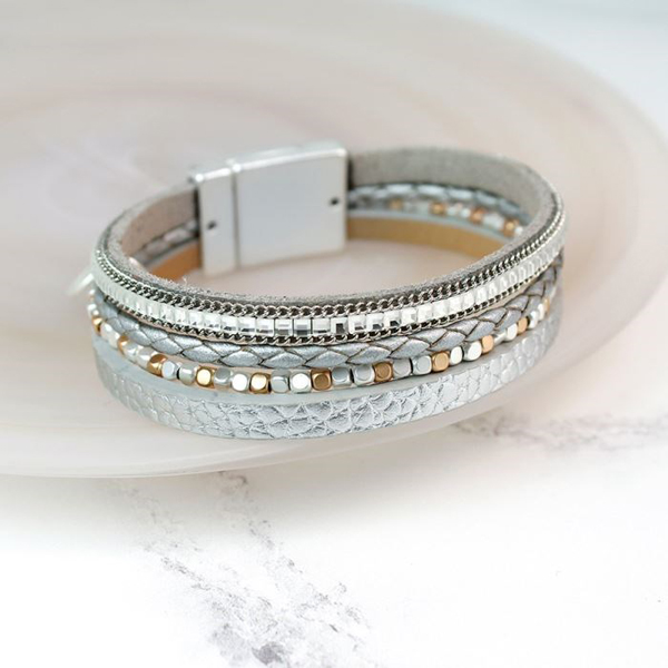 Metallic grey leather bracelet with square crystals | Image 1