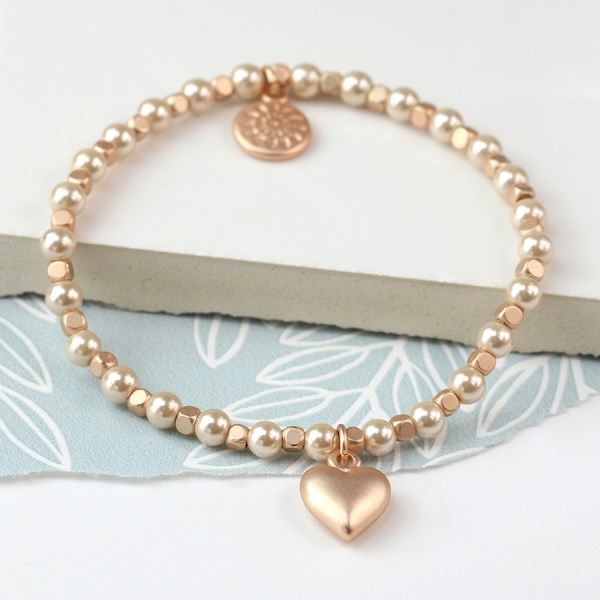 Pearl and rose gold bracelet with rose gold heart charm | Image 1