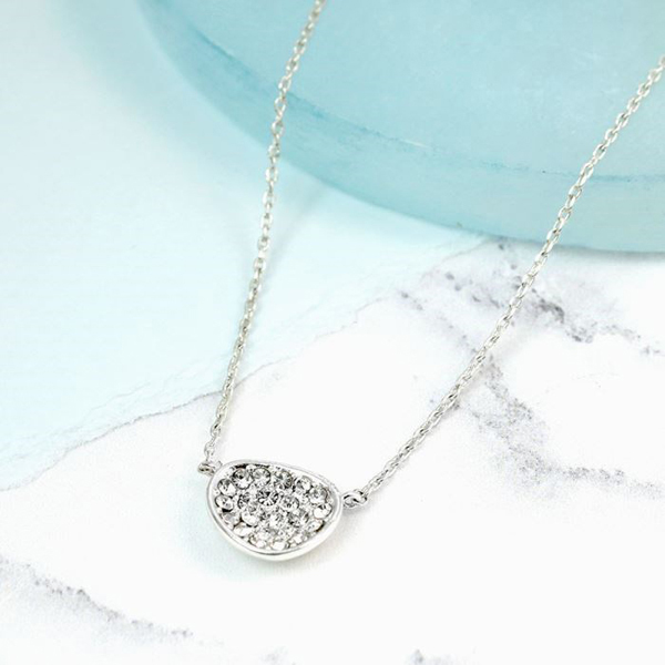 Silver plated irregular oval necklace with crystals | Image 1