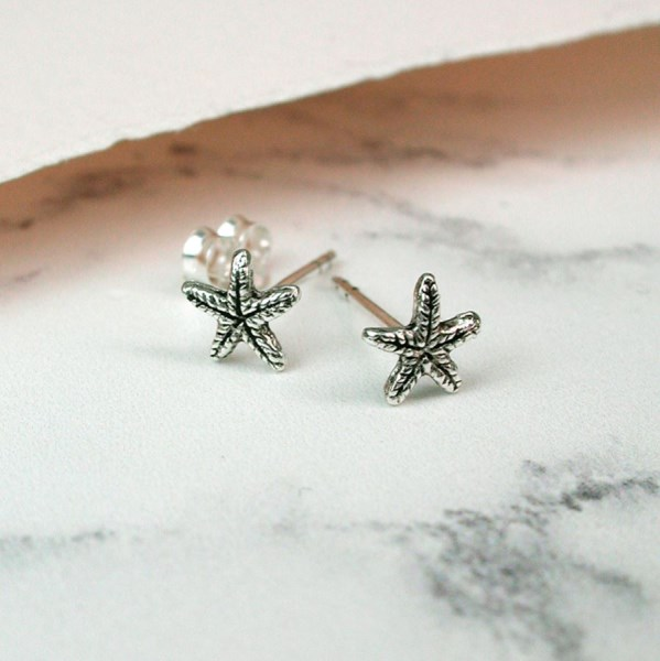 Sterling silver textured starfish stud earrings | Image 1