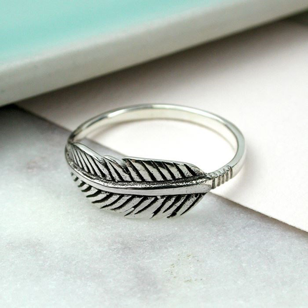 Sterling silver feather ring | Image 1