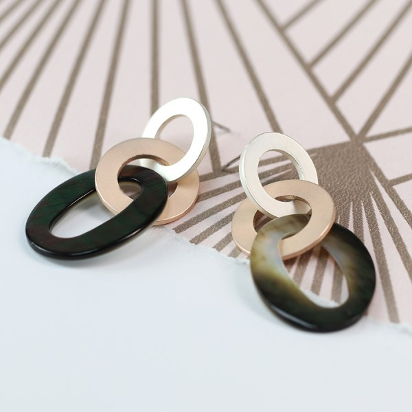 Shell, silver and rose gold plated linked hoop earrings | Image 1