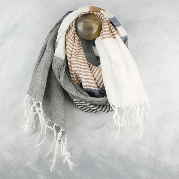 Ivory scarf with blue, taupe and grey stripes | Image 1