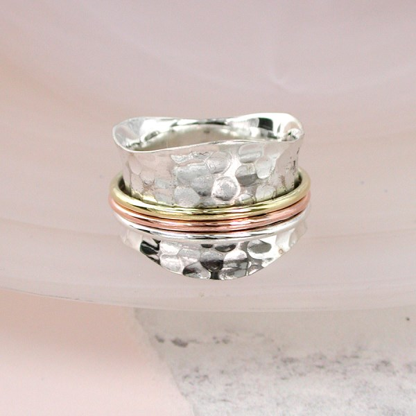 Sterling silver spinning ring with three moving bands | Image 1