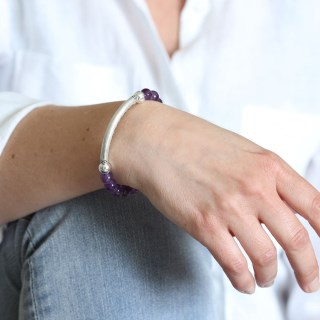 Semi-precious Amethyst and silver plated bead bracelet | Image 7