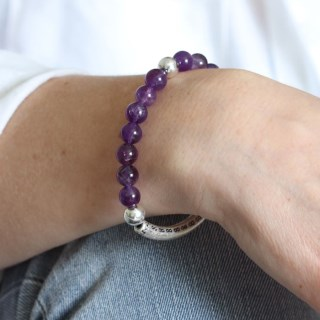 Semi-precious Amethyst and silver plated bead bracelet | Image 6