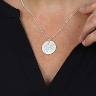Silver plated Pisces zodiac necklace with a golden star | Image 4