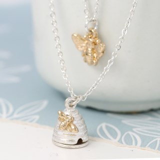 Silver plated layered necklace with bee and beehive | Image 3