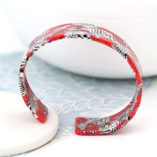 Red acrylic bangle with striking zebra pattern | Image 4