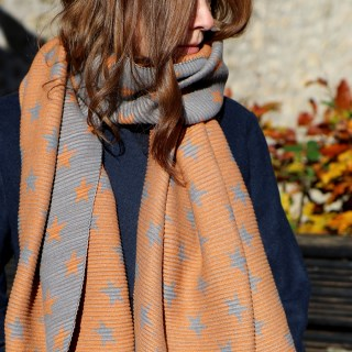 Orange and grey reversible pleated star scarf | Image 3