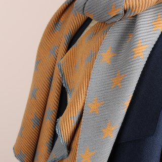 Orange and grey reversible pleated star scarf | Image 4