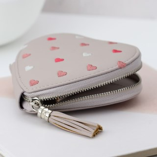 Taupe grey heart shaped purse with embroidery and tassel | Image 4