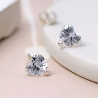 Faceted clear crystal heart shape stud earrings | Image 4