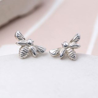 Sterling silver little bee stud earrings | Image 5