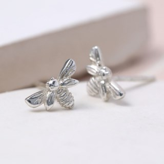Sterling silver little bee stud earrings | Image 3