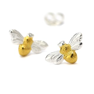 Sterling silver bee stud earrings with gold detailing | Image 4