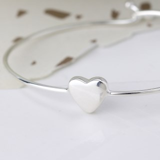 Sterling silver heart bangle with twist link clasp | Image 3