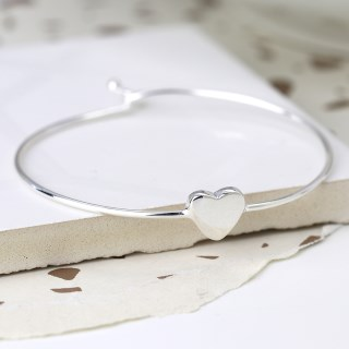 Sterling silver heart bangle with twist link clasp | Image 2