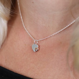 Sterling silver and rose gold crystal heart necklace | Image 4